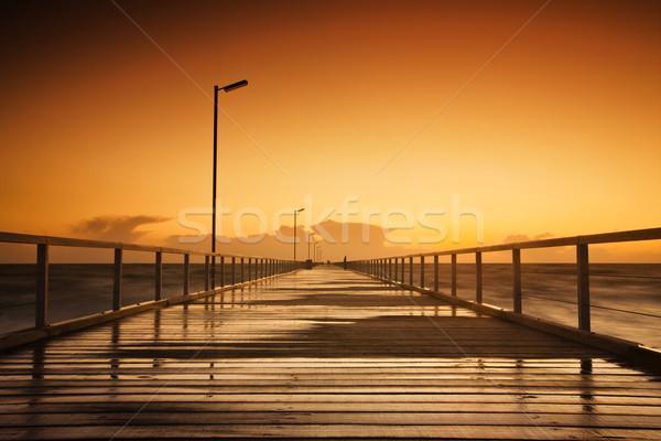 Naplemente gyönyörű hosszú tengerpart égbolt tájkép Stock fotó © kwest