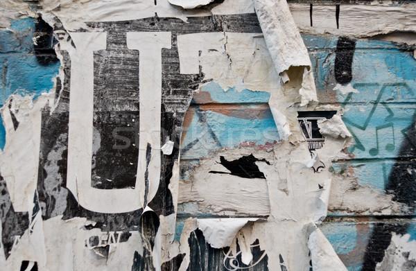 Városi fal közelkép művészet graffiti piros Stock fotó © kwest
