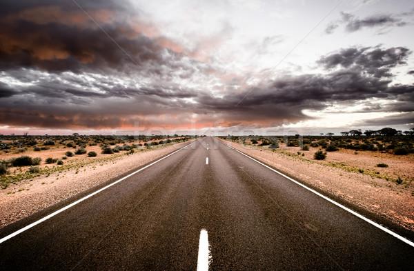út sehol felhők naplemente tájkép sivatag Stock fotó © kwest
