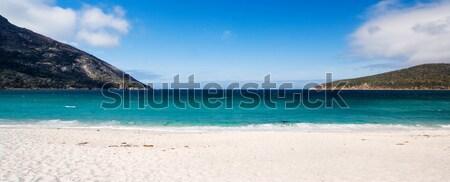 Wijnglas breed shot strand water zand Stockfoto © kwest