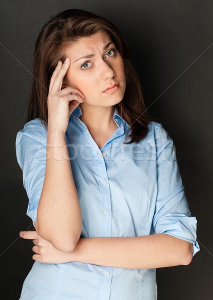 Foto stock: Belo · triste · mulher · jovem · dor · de · cabeça · problemas · mão