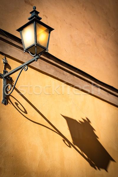 öreg lámpás Stockholm Svédország épület fal Stock fotó © kyolshin
