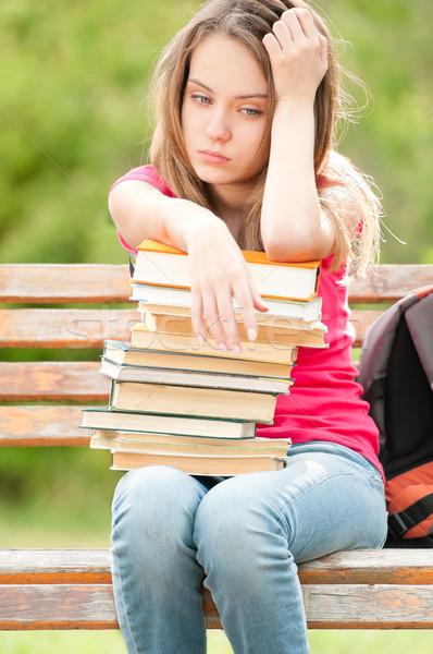 Stok fotoğraf: üzücü · genç · öğrenci · kız · oturma · bank