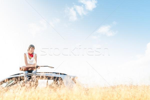 молодые свободный музыканта женщину Открытый Blue Sky Сток-фото © kyolshin