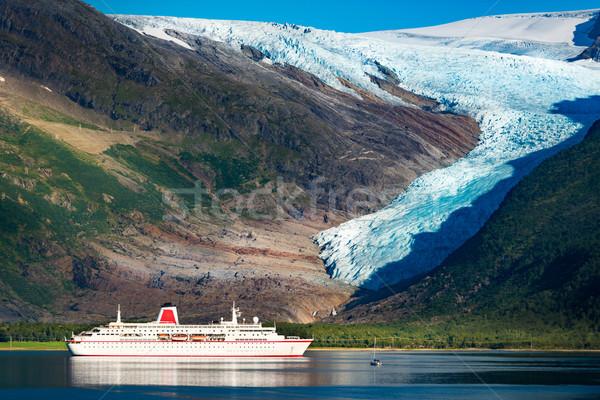 Tengerjáró hajó gleccser Norvégia Skandinávia Európa utazás Stock fotó © kyolshin