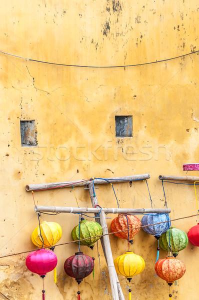 Différent lanternes mur Viêt-Nam Asie couleurs Photo stock © kyolshin