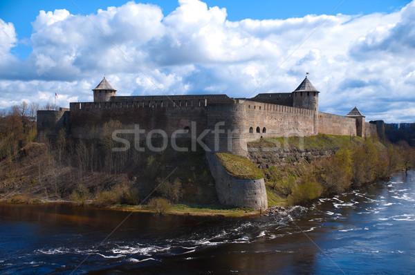 Fortaleza nublado cielo ruso río primer plano Foto stock © kyolshin