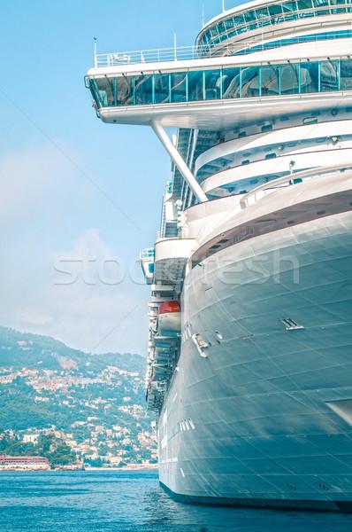 Pormenor grande luxo navio de cruzeiro azul Foto stock © kyolshin