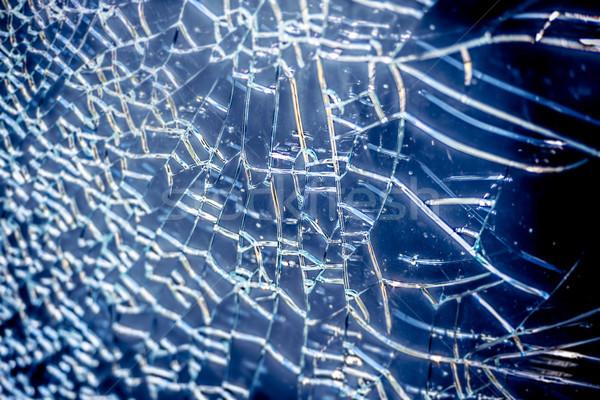 Foto stock: Cacos · de · vidro · superfície · rachaduras · azul · branco · linhas