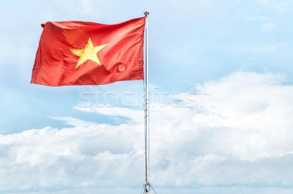 красный флаг Вьетнам Blue Sky металл Сток-фото © kyolshin