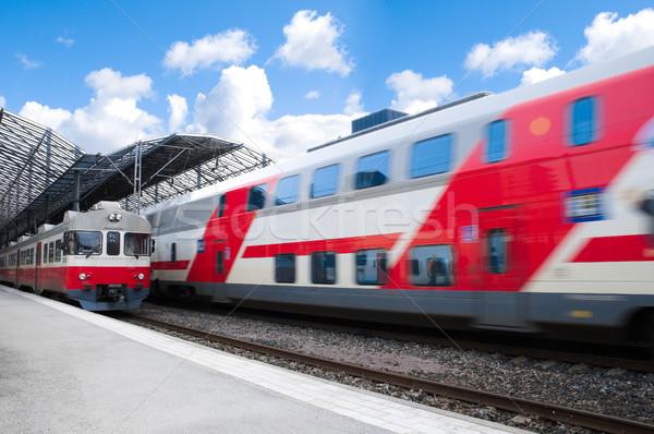 Helsinki gare deux trains blanche rouge Photo stock © kyolshin