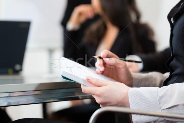 Działalności spotkanie prezentacji biuro warsztaty Zdjęcia stock © Kzenon