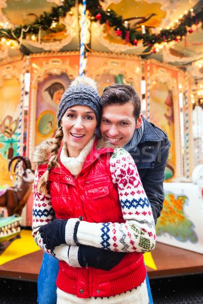 Paar Weihnachten Markt Aufkommen Jahreszeit Mann Stock foto © Kzenon