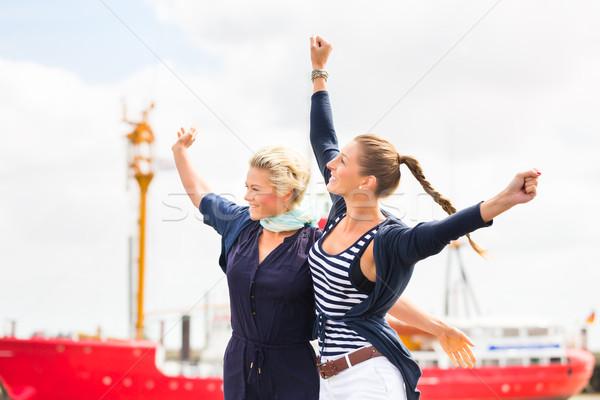 友達 立って 桟橋 無料 ストックフォト © Kzenon