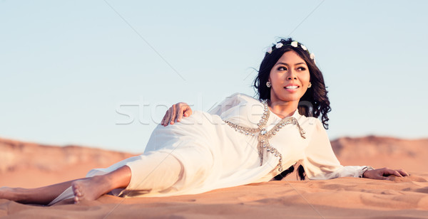 Stok fotoğraf: Kadın · kum · çöl · gün · batımı