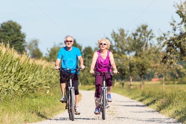 Сток-фото: активный · пенсия · верховая · езда · Велосипеды