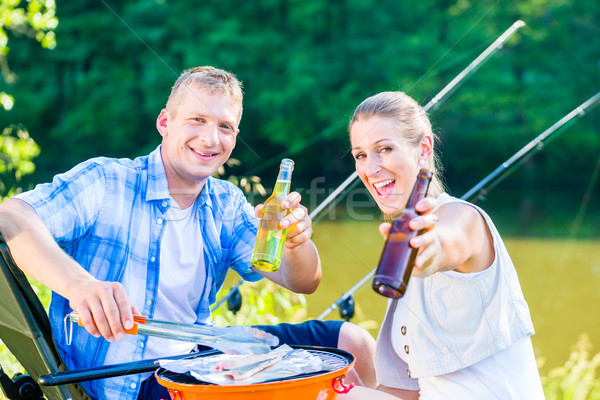пару женщину человека барбекю спорт рыбалки Сток-фото © Kzenon