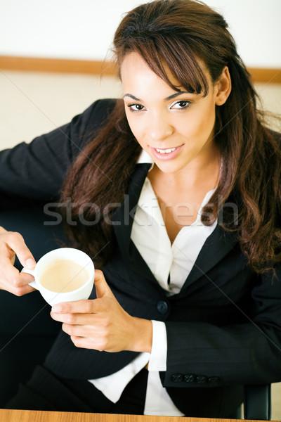 Doubler espresso femme travail affaires main Photo stock © Kzenon