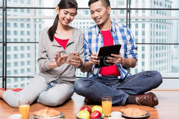 Zdjęcia stock: Młodych · indonezyjski · para · śniadanie · kobieta · człowiek