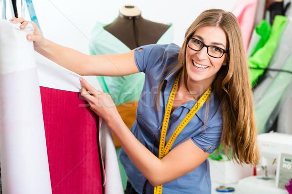 Mode ontwerper kleermaker werken studio freelancer Stockfoto © Kzenon
