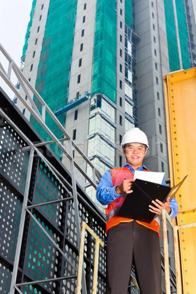 ázsiai munkás felügyelő épület helyszín kínai Stock fotó © Kzenon