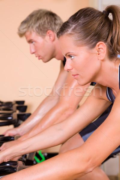 Foto stock: Ginásio · casal · homem · fitness · saúde · esportes