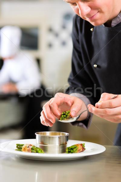 Stock fotó: Szakács · hotel · étterem · konyha · főzés · dolgozik