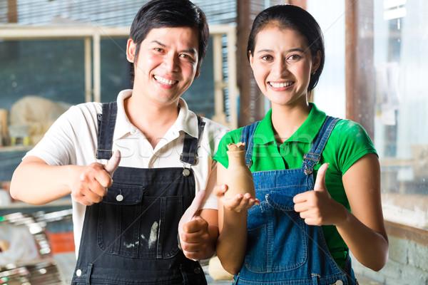 Aziaten handgemaakt aardewerk twee trots Stockfoto © Kzenon