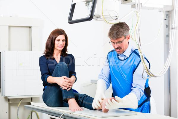 врач Xray пациент ногу хирургии Сток-фото © Kzenon