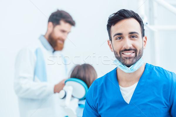 Retrato dental cirurgião moderno escritório Foto stock © Kzenon