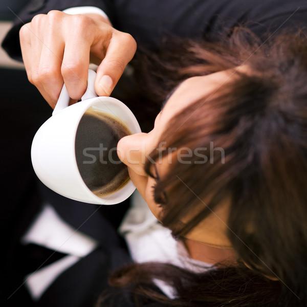 Dobrar café expresso mulher acima raso campo Foto stock © Kzenon