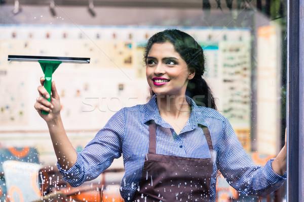 Foto stock: Indiano · empregado · limpeza · windows · mulher · vidro