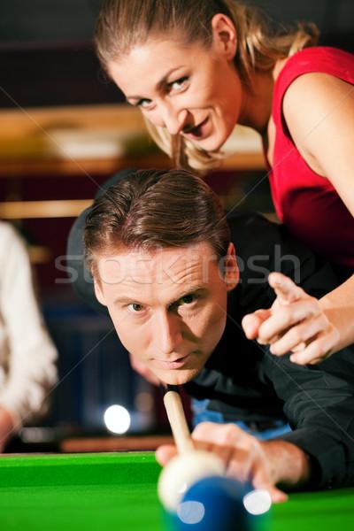 Paar spielen Billard Mann Frau Billard Stock foto © Kzenon