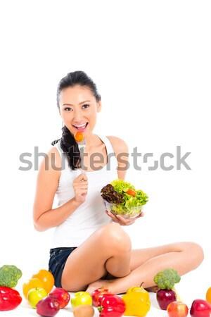 Asian cinese donna mangiare sano insalata alimentare Foto d'archivio © Kzenon