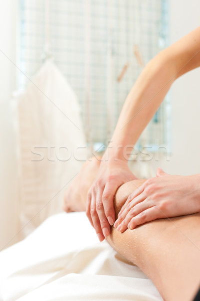 Patient physiothérapie massage femme homme sport Photo stock © Kzenon
