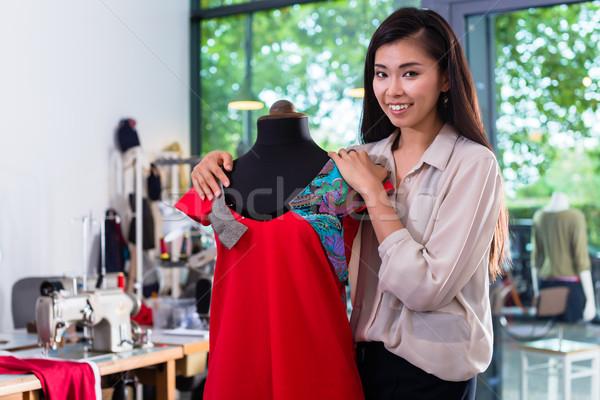 Asian kleermaker kledingstuk ontwerp etalagepop vrouw Stockfoto © Kzenon