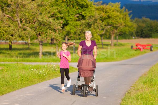 Stockfoto: Familie · sport · jogging · baby · moeder · dochter