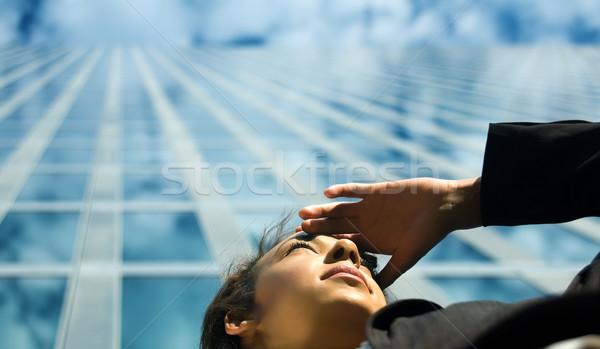 Business vooruitzicht jonge professionele vrouw naar Stockfoto © Kzenon