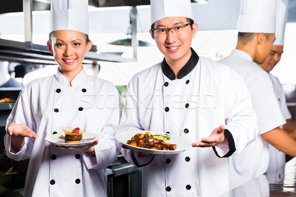 Stok fotoğraf: Asya · şef · restoran · mutfak · pişirme · endonezya
