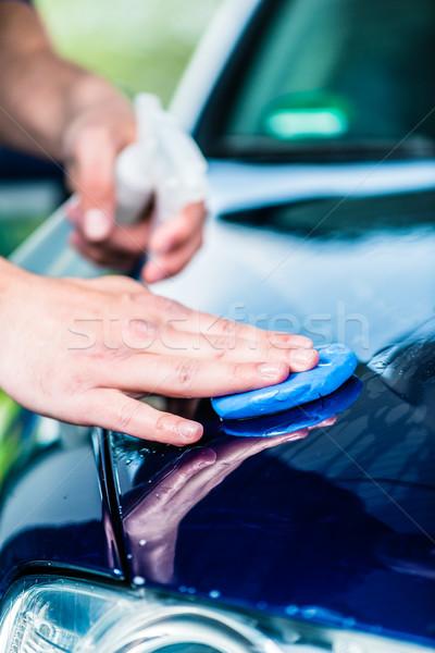 Masculino mãos depilação com cera azul carro Foto stock © Kzenon
