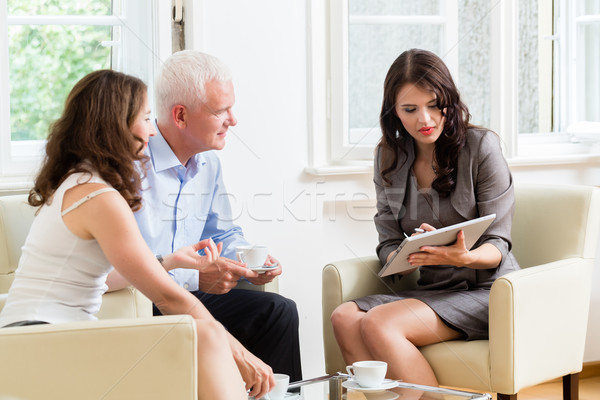 советник инвестиции совет женщину финансовые консультации Сток-фото © Kzenon