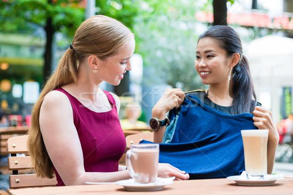 Asiático elegante mulher jovem melhor amigo novo Foto stock © Kzenon