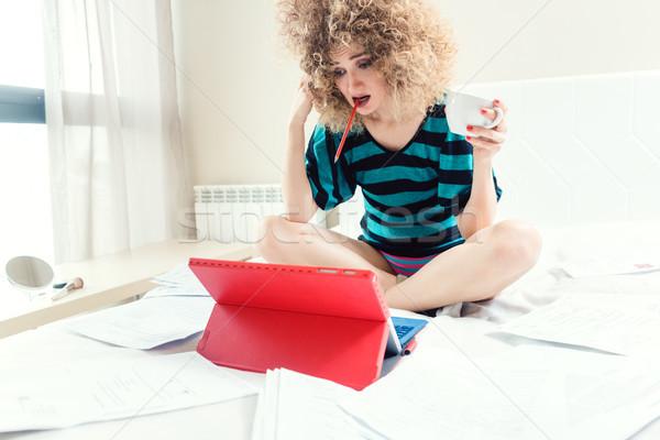 Otthoni munka nő kétségbeesett nem nyom dolgozik Stock fotó © Kzenon