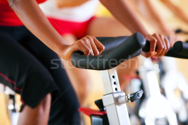 自転車 ジム 3人 行使 脚 カーディオ ストックフォト © Kzenon