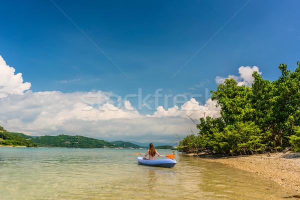 Młoda kobieta wakacje idylliczny szczęśliwy łodzi Zdjęcia stock © Kzenon