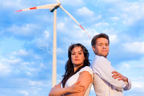 パワフル カップル 風車 小さな 夏 女性 ストックフォト © Kzenon