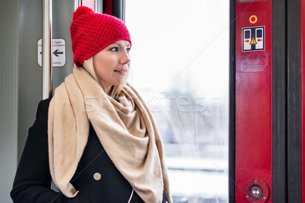 Kadın ayakta içinde tren kapı bekleme Stok fotoğraf © Kzenon