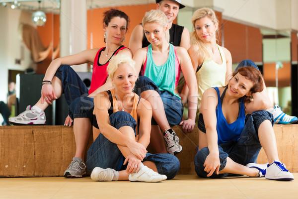 Stockfoto: Zumba · jongeren · dansen · studio · gymnasium · sport
