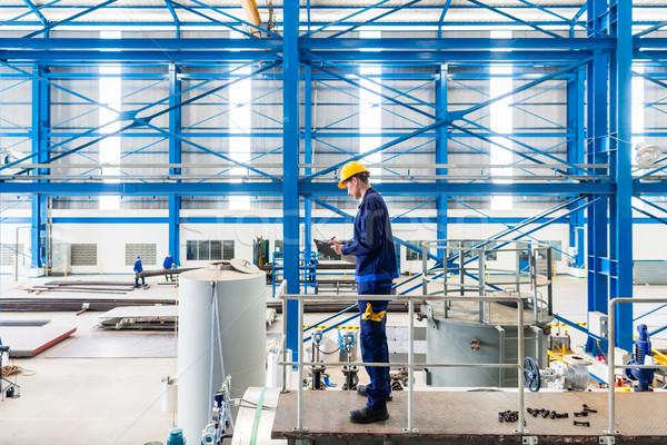 Stok fotoğraf: Işçi · büyük · Metal · atölye · çalışmak · fabrika