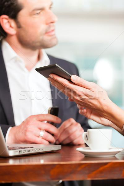 Travail collègues homme femme séance café Photo stock © Kzenon
